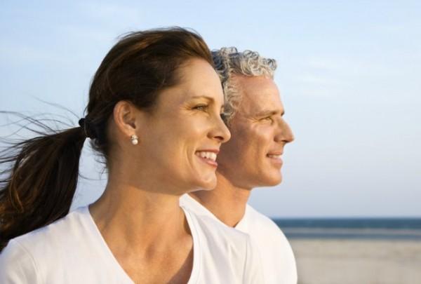 Cómo se sienten y qué pueden hacer los hombres frente a la menopausia