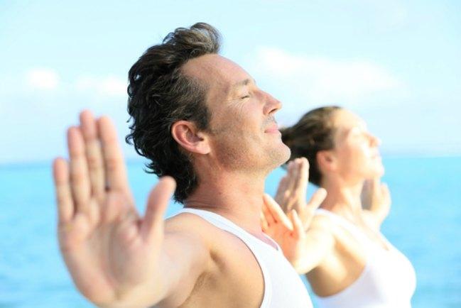 Ejercicios físicos suaves para hombres maduros