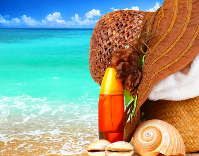 Everything you need to know about sunscreen in midlife