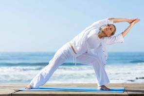 5 Health benefits of yoga for women over 50