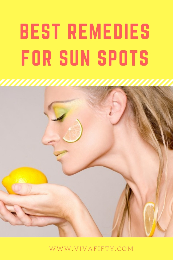 Although they are not harmful in themselves, most women would rather nix age spots. Before you try any skin-lightening option, make sure you check with your dermatologist first. Only a medical doctor can determine whether your skin irregularities are cancerous or nothing to worry about. Then, ask her about the following options. #skincare #beauty #sunspots #agespots