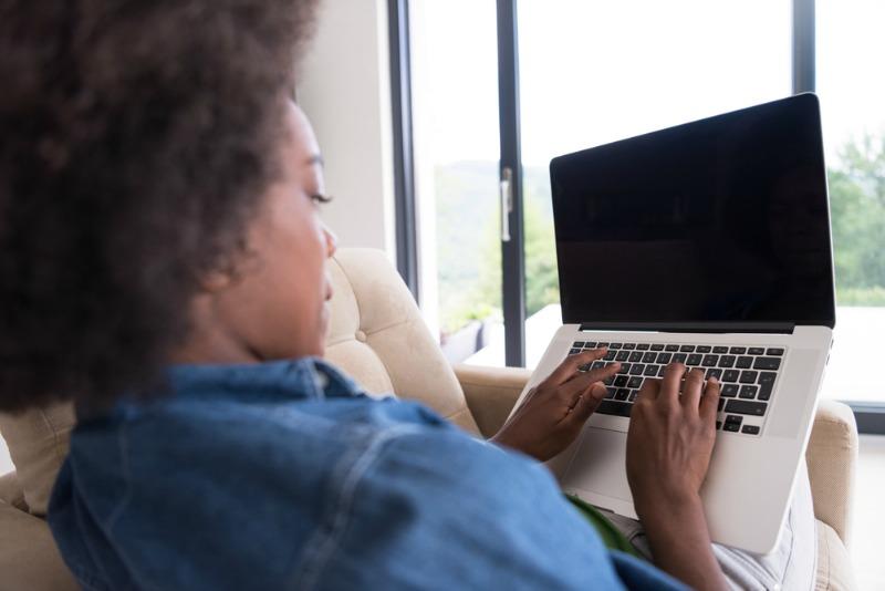 8 Inspiring blogs by midlife women