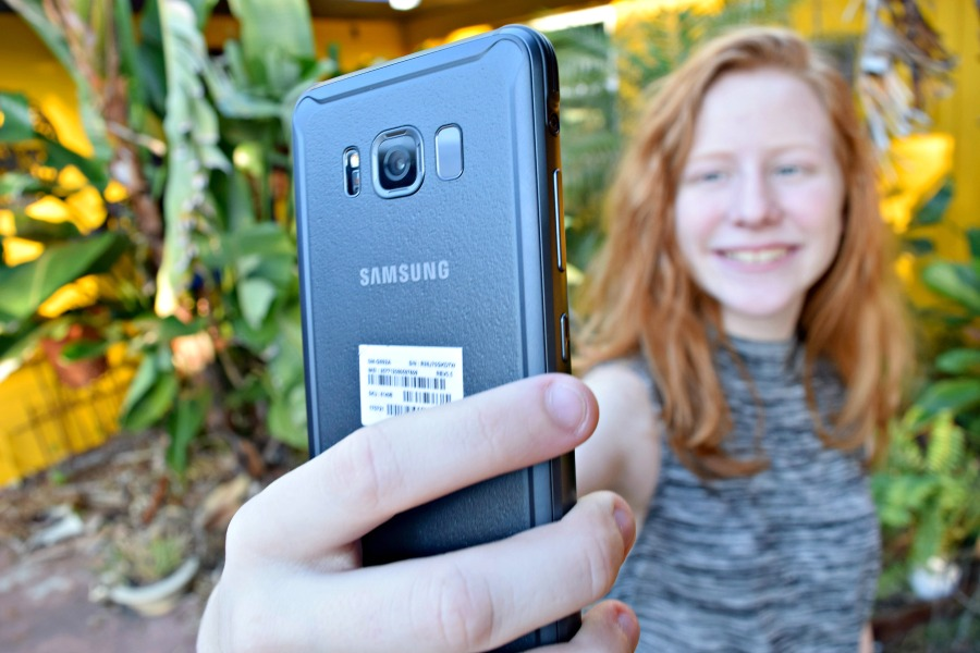 My teen´s review of the Samsung Galaxy Active S8