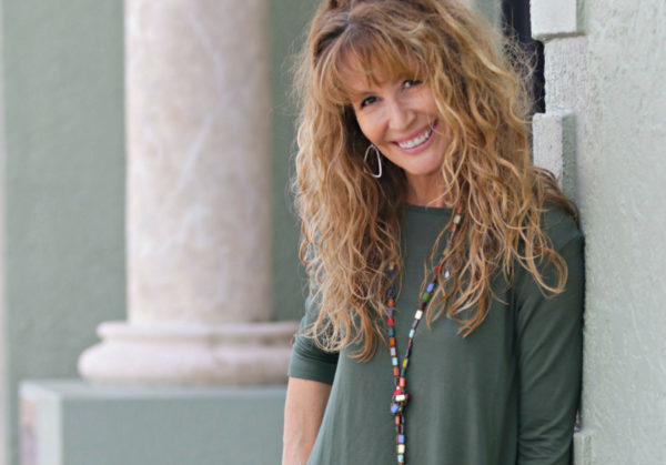 A comfortable and stylish tunic for all seasons